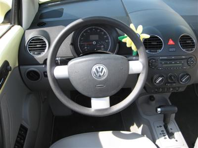 Dennis 39 weblog blog archive nieuwe auto for Interieur new beetle